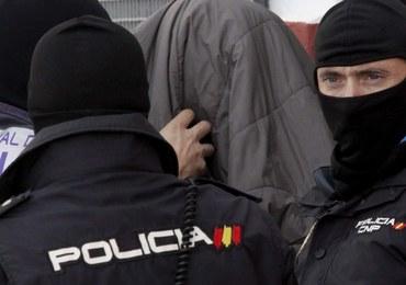 Rozbito międzynarodową siatkę, która przerzucała Ukraińców do Wielkiej Brytanii. Zatrzymano 115 osób