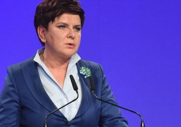 Premier Szydło podsumowuje rok rządu: Potrafiliśmy pokazać, że Polacy mogą godnie żyć