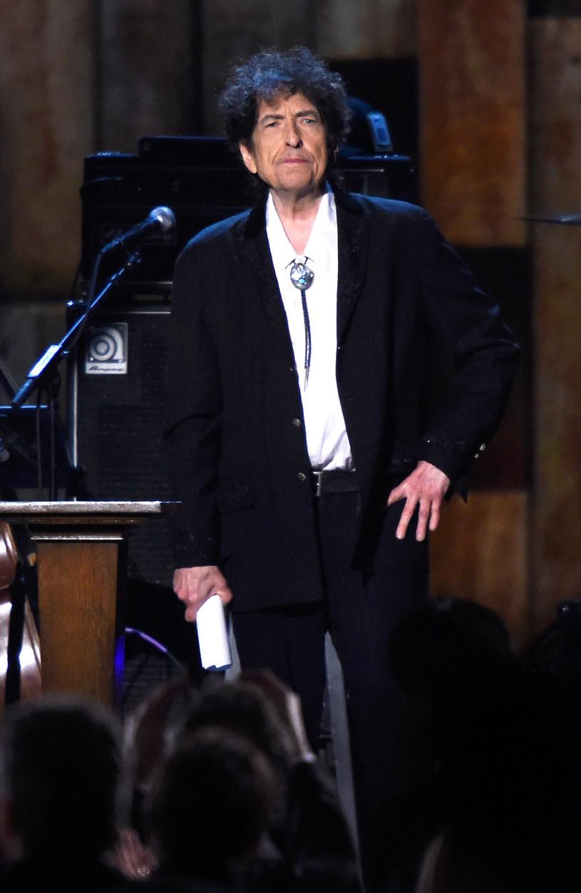 Bob Dylan będzie nieobecny podczas ceremonii wręczenia Literackiej Nagrody Nobla - poinformowała Akademia Szwedzka.
