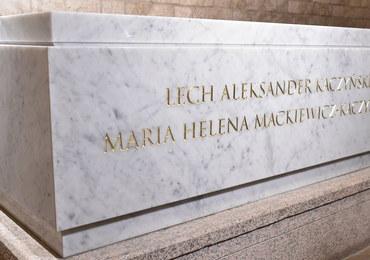 """Dziś pogrzeb pary prezydenckiej, nowy sarkofag już gotowy. """"Efekt jest bardzo dobry"""""""