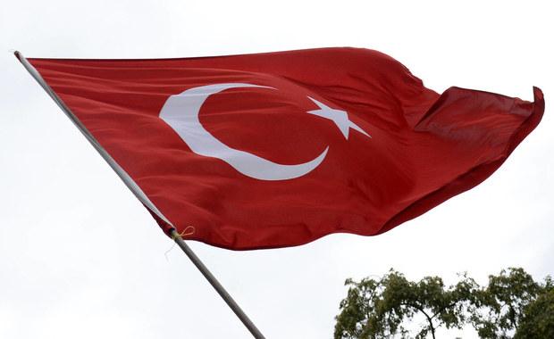 Kontrowersyjny wniosek tureckiej partii rządzącej. Politycy AKP chcą, by gwałciciele mogli zostać ułaskawieni w sytuacji, w której wezmą ślub ze swoją ofiarą.