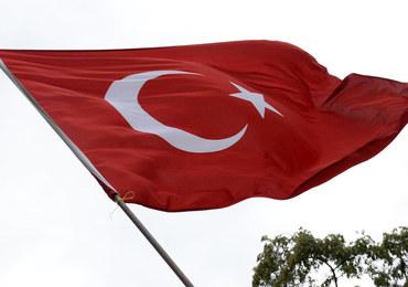 Turcja legalizuje gwałt? Chcą uniewinniać gwałcicieli, którzy wezmą ślub ze swoimi ofiarami