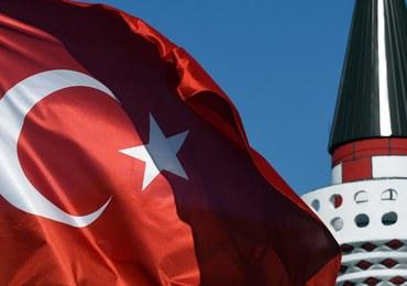 Jeżeli gwałciciel poślubi ofiarę gwałtu, uniknie kary. ONZ potępia turecką ustawę