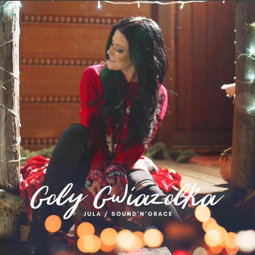 """Poniżej możecie zobaczyć świąteczny teledysk """"Gdy Gwiazdka"""" w wykonaniu Juli i popularnego chóru Sound'n'Grace."""