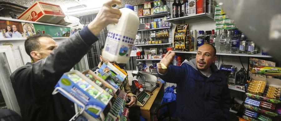 Izrael oskarżył Francję, że przyłącza się do bojkotu jego produktów eksportowych. Powodem są wydane przez Paryż instrukcje dla importerów, aby zgodnie z postanowieniem UE zaznaczali na etykietach pochodzenie towarów wyprodukowanych na terytoriach okupowanych.