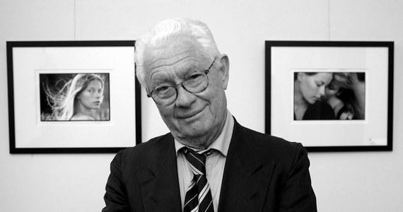 W wieku 83 lat zmarł w swoim domu w w Paryżu kontrowersyjny brytyjski fotograf David Hamilton - znany głównie z erotycznych zdjęć młodych dziewcząt, zamieszczanych w znanych magazynach ilustrowanych. Jak poinformowała policja okoliczności śmierci Hamiltona są niejasne.