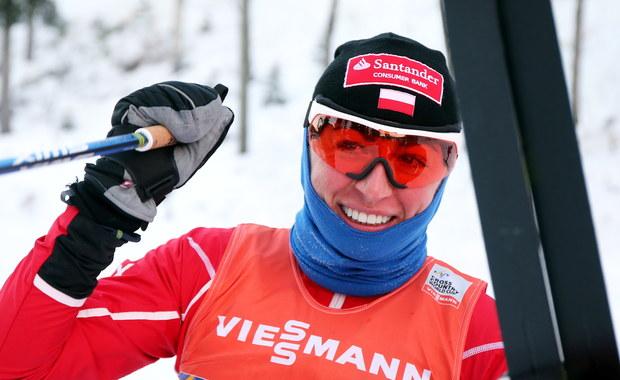 Justyna Kowalczyk odpadła w ćwierćfinale sprintu techniką klasyczną w inauguracyjnych zawodach narciarskiego Pucharu Świata 2016/17 w Kuusamo. W swojej serii zajęła czwarte miejsce. To pierwsze zawody sezonu Pucharu Świata.