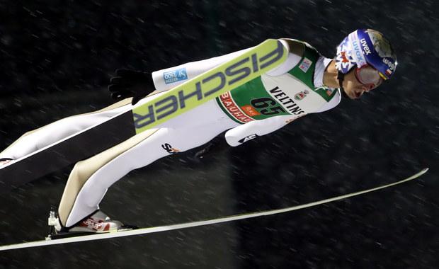 Maciej Kot zajął ósme miejsce w konkursie Pucharu Świata w skokach narciarskich w fińskim Kuusamo. Zwyciężył Niemiec Severin Freund, lider po pierwszej serii.