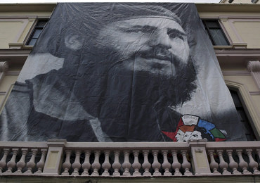 """""""L'Osservatore Romano"""": Fidel Castro był liderem o tysiącu twarzy"""