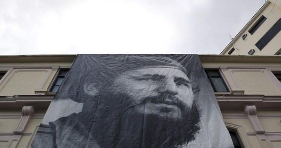 """""""Fidel Castro reprezentuje zło, którego nie da się wyrazić"""" - mówi o zmarłym przywódcy kubańskiej rewolucji prof. historii Uniwersytetu Yale Carlos Eire, uchodźca z Kuby. Uważa, że po wznowieniu relacji z wyspą przez USA sytuacja na Kubie się jeszcze pogorszyła."""