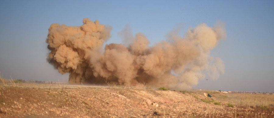 22 syryjskich rebeliantów, wspieranych przez siły tureckie, zostało poszkodowanych w ataku chemicznym dokonanym przez bojowników Państwa Islamskiego w północnej Syrii - poinformowały tureckie media, powołując się na źródła w armii.