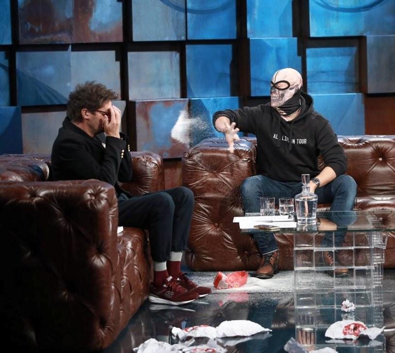 """We wtorkowy wieczór, 29 listopada, gościem specjalnym programu Kuby Wojewódzkiego będzie Sebastian Fabijański, gwiazda hitu """"Pitbull. Niebezpieczne kobiety""""."""
