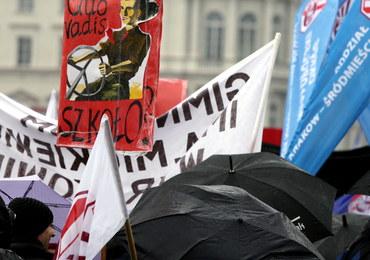 W Sejmie pierwsze czytanie ustaw reformy edukacyjnej. Rodzice i nauczyciele będą protestować