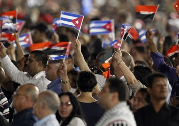 """Tysiące Kubańczyków upamiętniło Fidela Castro. """"Wielki bojownik za ideę"""""""