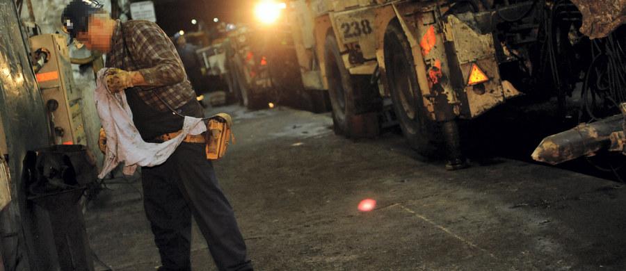 My pod ziemią wstrząsu praktycznie nie odczuliśmy - opowiada nam jeden z górników, który pracował pod ziemią w kopalni Rudna w momencie, kiedy doszło do wypadku. Pan Piotr twierdzi, że o tragicznym zdarzeniu dowiedział się dopiero po zakończonej zmianie od swoich kolegów.