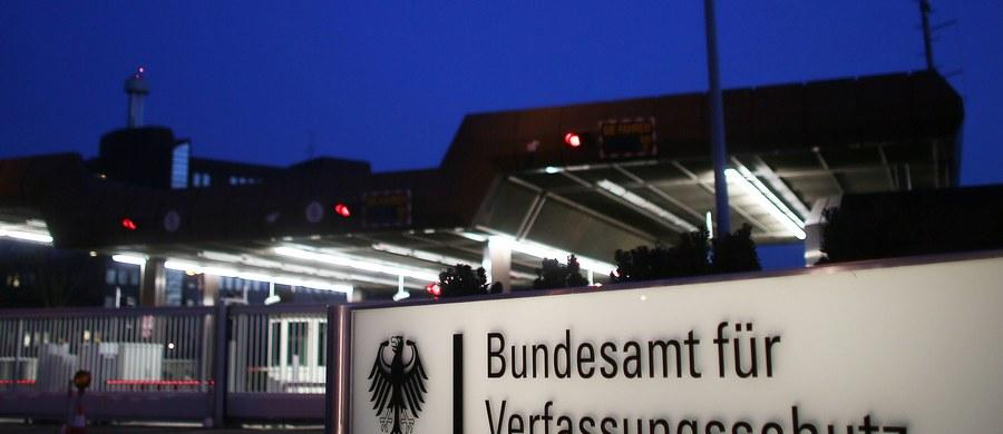 """Szef Federalnego Urzędu Ochrony Konstytucji (BfV) Hans-Georg Maassen powiedział w środę, że wykryty w tej służbie islamista uległ """"niepostrzeżenie"""" szybkiej radykalizacji. Zadaniem 51-letni mężczyzny było obserwowanie salafitów."""