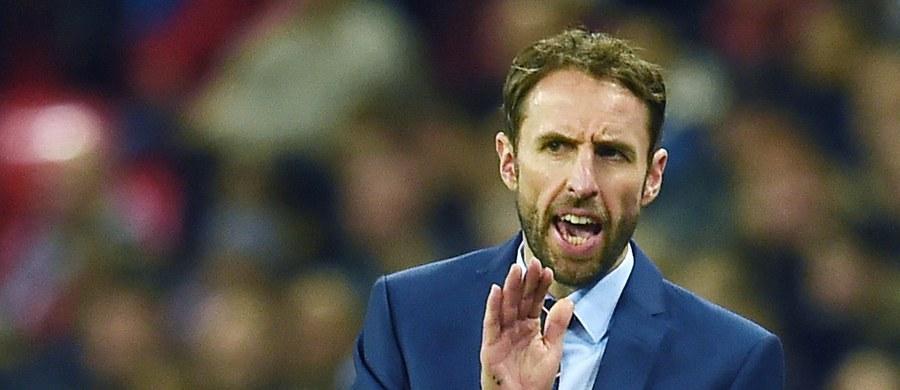 Trenerem piłkarskiej reprezentacji Anglii został Gareth Southgate. Zastąpił zwolnionego pod koniec września Sama Allardyce'a. 46-letni szkoleniowiec podpisał z angielską federacją czteroletni kontrakt.