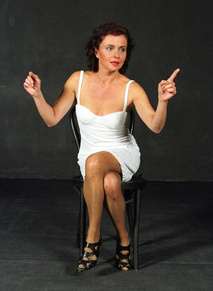 """Już 5 grudnia (poniedziałek) o godz. 20:25 w Teatrze Telewizji premiera autorskiego monodramu Joanny Szczepkowskiej """"Goła baba"""". Widzowie Jedynki obejrzą kultowy spektakl, który jest wystawiany już od 20 lat."""