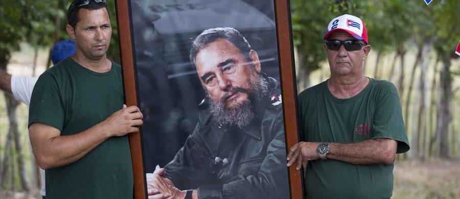 Europoseł Zjednoczonej Prawicy Marek Jurek zaapelował do przewodniczącego Parlamentu Europejskiego Martina Schulza oraz wszystkich obecnych na sali o ogłoszenie minuty ciszy za ofiary reżimu Fidela Castro.