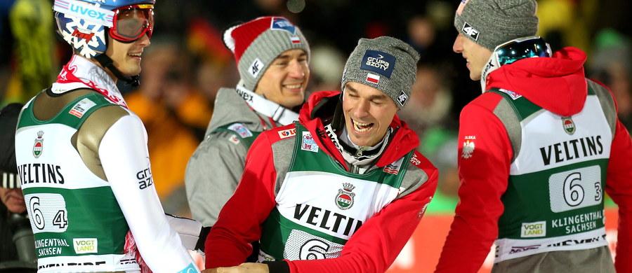 Zwycięstwo polskich skoczków narciarskich w konkursie drużynowym Pucharu Świata w Klingentahl wywołało w norweskich mediach szok tak duży, że poza krótkimi notatkami ukazała się tylko jedna dluższa relacja agencyjna.