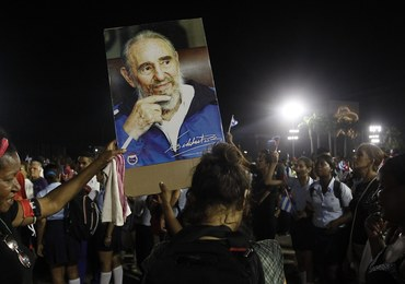 """Kubańczycy pożegnali Castro. """"Fidelu, twój naród jest przy tobie"""""""