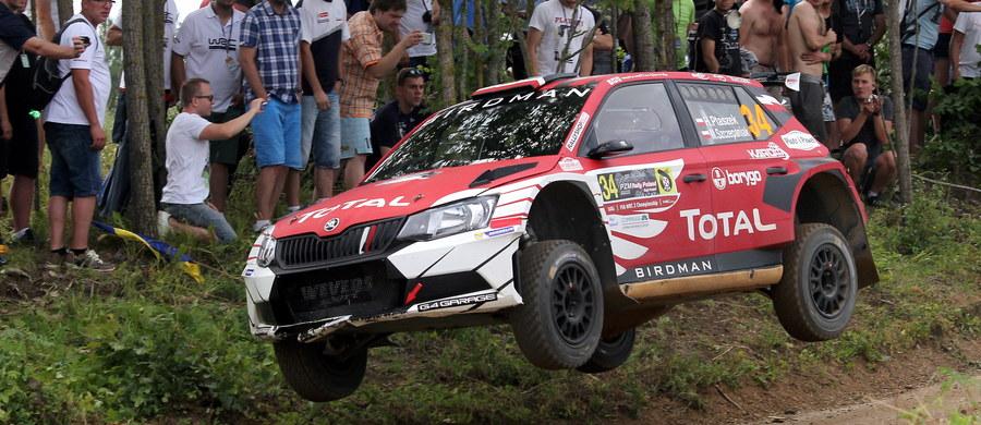 """""""Dokłada wszelkich starań aby budować swoją karierę, już sprawia wiele miłych niespodzianek a w przyszłości może dać wiele radości kibicom"""" - mówi o Hubercie Ptaszku jego pilot Maciej Szczepaniak. Panowie znów będą stanowić jedną załogę i w przyszłym sezonie powalczą w rajdowych mistrzostwach świata w kategorii WRC2."""