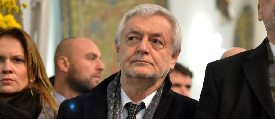 Trudne chwile w 25-letniej historii relacji między Polską i Ukrainą nie mogą przesłonić ogromnego dorobku, który nas połączył - wynika z dyskusji, którą przeprowadzili w poniedziałek w Kijowie byli ambasadorowie obu krajów.