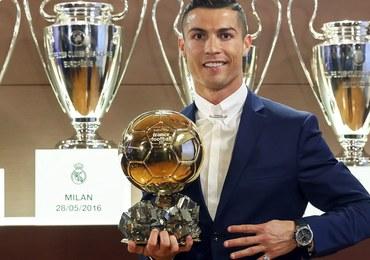 Kontrowersyjny plebiscyt Złotej Piłki. Media podzielone, Ronaldo zadowolony