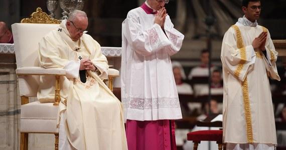 Papież Franciszek złożył życzenia na Boże Narodzenie posługując się językiem migowym. Krótkie nagranie filmowe zostało rozpowszechnione w internecie, w tym także na portalach społecznościowych, przez jego współpracowników.