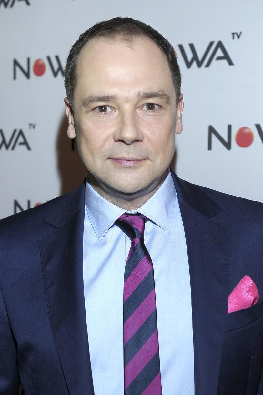 W Nowa TV prowadzi serwis informacyjny. - Nasze wiadomości różnią się od innych, a dla widza może być ciekawe to, że prowadzimy je w duetach - mówi Jarosław Kulczycki.
