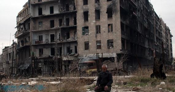 Polska Akcja Humanitarna, Amnesty International i UNICEF apelują o pomoc dla mieszkańców Aleppo. Chodzi zarówno o wsparcie materialne, jak i domaganie się od Syrii, Rosji i Iranu bezpiecznej ewakuacji miasta, nadzorowanej przez ONZ.