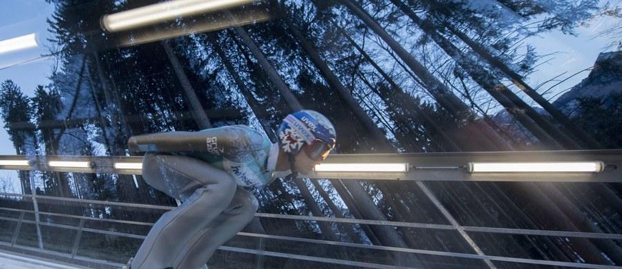 Trzeci w klasyfikacji generalnej Pucharu Świata w skokach narciarskich Maciej Kot i szósty Kamil Stoch, którzy w trzech poprzednich konkursach uplasowali się w czołowej piątce, w sobotę zechcą kontynuować świetną passę w szwajcarskim Engelbergu.