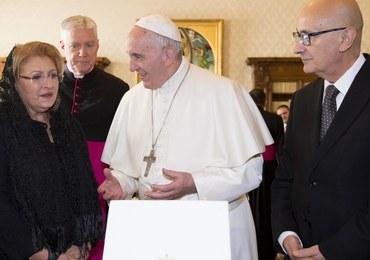 Papież Franciszek apeluje do wiernych, by zatrzymali się na chwilę przed świętami