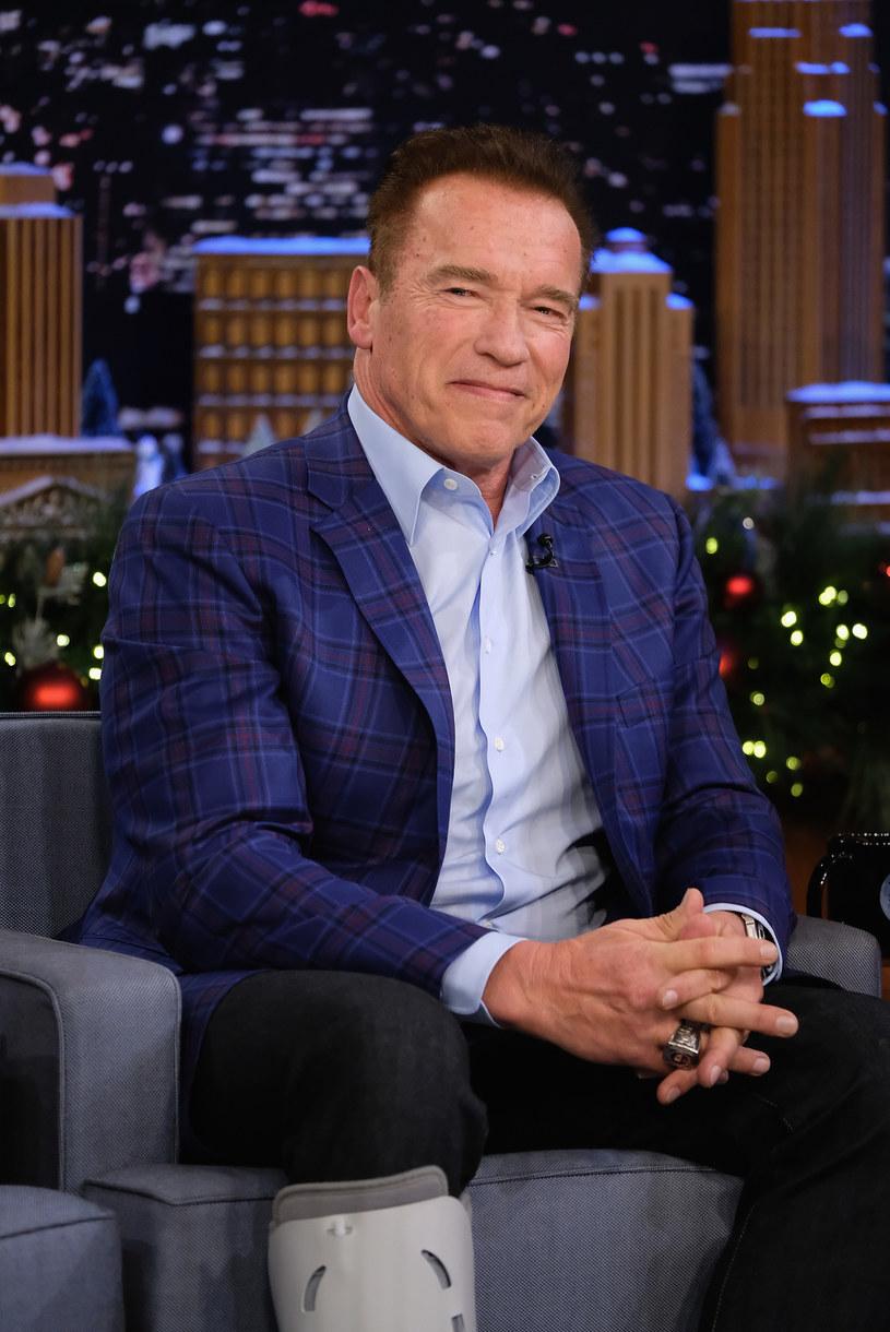 """Arnold Schwarzenegger zastąpił Donalda Trumpa w roli gospodarza """"The Celebrity Apprentice"""". Nowa edycja show, w którym gwiazdy prezentują swoje umiejętności biznesowe, zadebiutuje na antenie telewizji w styczniu."""