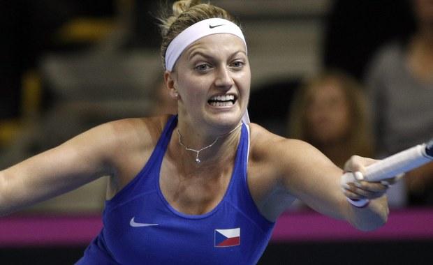 Petra Kvitova, mistrzyni Wimbledonu, została zaatakowana nożem w swoim domu w Prościejowie w Czechach. Jak podaje agencja Reutera, tenisistka jest niegroźnie ranna.