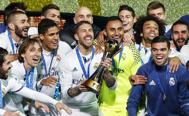 Trybunał Arbitrażowy ds. Sportu (CAS) w Lozannie na wtorkowym posiedzeniu częściowo uwzględnił apelację Realu Madryt dotyczącą nałożonego na klub przez FIFA zakazu rejestrowania nowych piłkarzy do stycznia 2018 roku. CAS skrócił karę, która początkowo miała obowiązywać przez cały 2017 rok, tylko do pierwszego, styczniowego okna transferowego. W drugim, w czerwcu 2017 roku klub nie będzie miał w tym względzie ograniczeń.