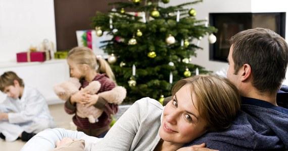 Instytut Badań Opinii RMF przeprowadził badanie poświęcone tematyce polskiej rodziny. Pytaliśmy m.in. o podział obowiązków domowych, przysłowia o rodzinie i opinie dot. kobiet i mężczyzn.