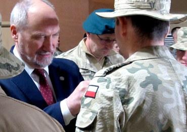 PO o fali odejść generałów: Armia stanie się prywatnym folwarkiem Macierewicza