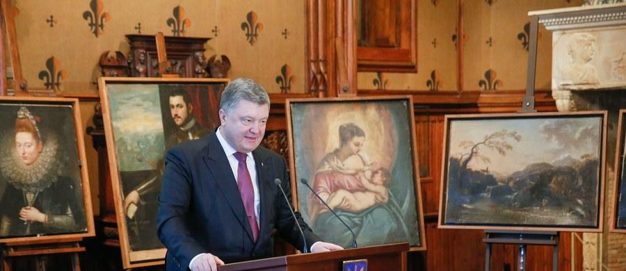 Prezydent Ukrainy Petro Poroszenko wyraził w piątek opinię, że przerwanie ognia w Donbasie, które wejdzie w życie od północy z piątku na sobotę, będzie miało charakter stały. Dodał, że Ukraina jest gotowa wypełnić także inne zobowiązania podjęte w Mińsku.