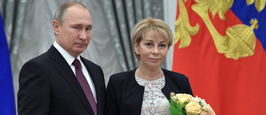 Szpitale w Rosji zostaną nazwane imieniem Jelizawiety Glinki. Aktywistka zginęła w niedzielę w katastrofie Tu-154 nieopodal Soczi. Imię działaczki humanitarnej będzie zdobiło jedną z placówek MON-u i szpital dla dzieci w Czeczenii.