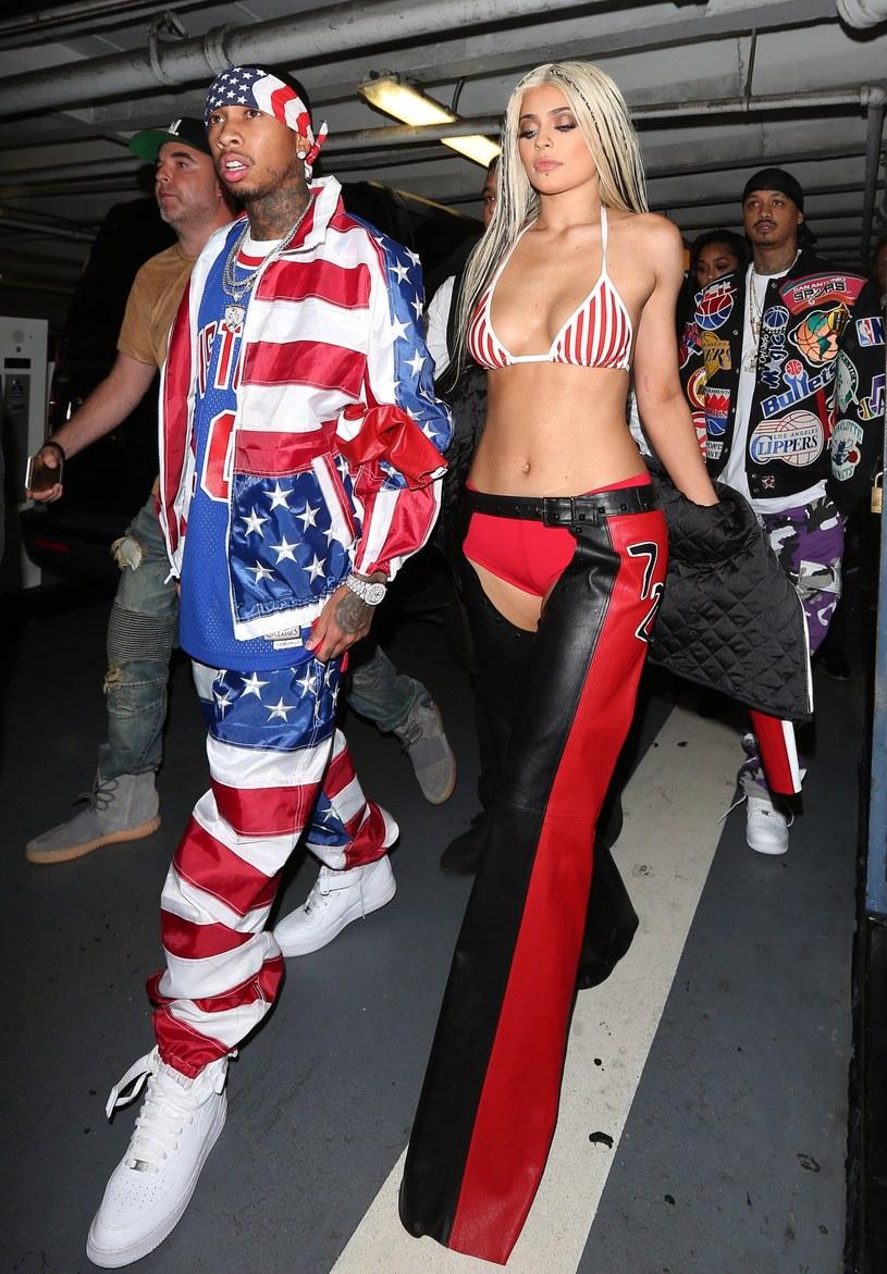 W sieci pojawił się krótki filmik z udziałem Tygi i Kylie Jenner, w którym widać parę w intymnych scenach.