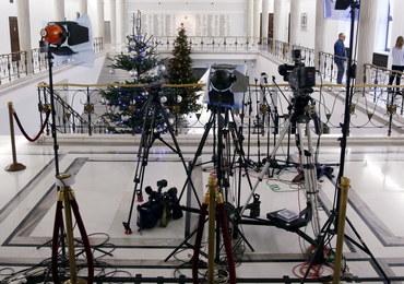 To komendant Straży Marszałkowskiej zabrania dziennikarzom wstępu do Sejmu