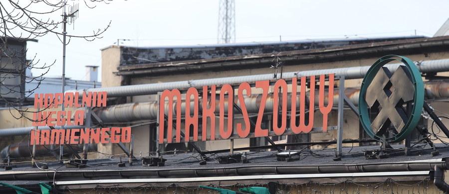 Ostatnia tona węgla wyjedzie w piątek z ostatniej kopalni w Zabrzu. Makoszowy kończą wydobycie. Około 300 pracowników zostanie w kopalni, by przeprowadzić proces jej wygaszania. Reszta załogi już przenosi się do innych kopalń.