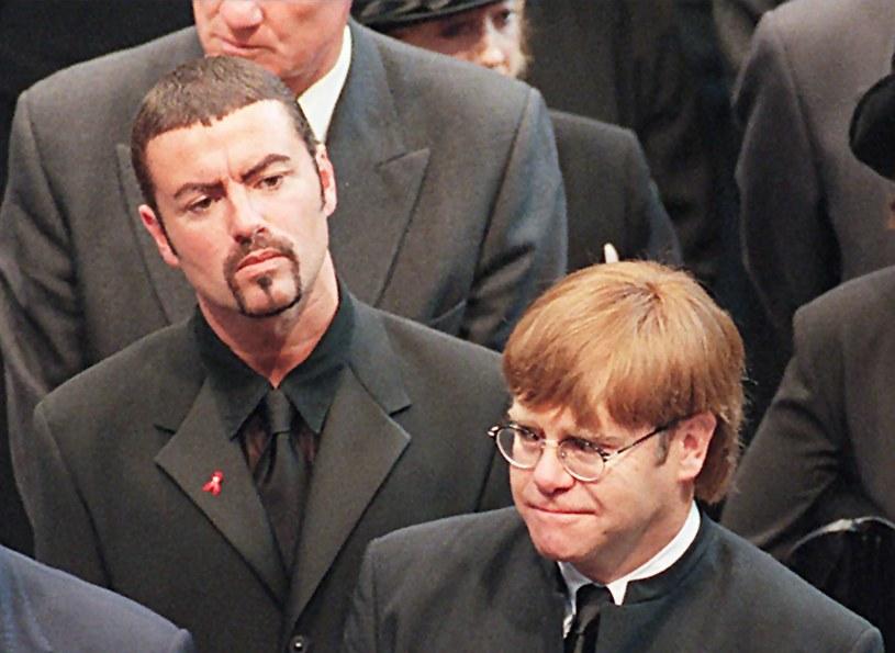Znany muzyk uświetni ceremonię pogrzebową zmarłego w Boże Narodzenie artysty.