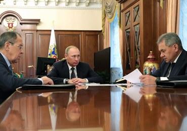 Ławrow: Zaproponowaliśmy Putinowi wydalenie 35 amerykańskich dyplomatów