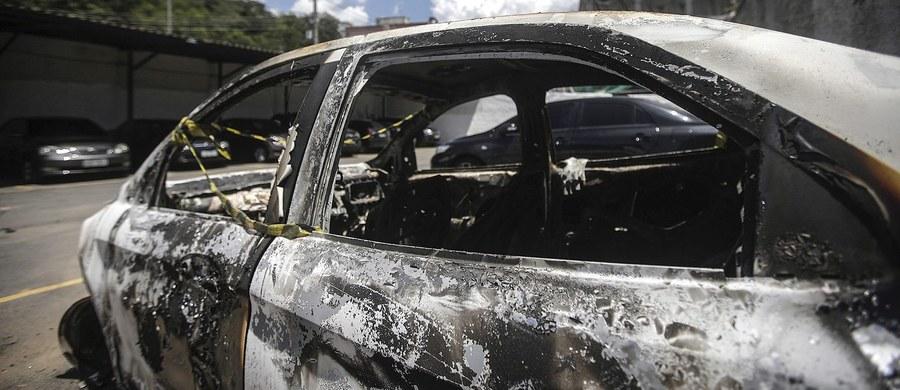 Ciało znalezione w spalonym samochodzie niedaleko Rio de Janeiro to zwłoki 59-letniego ambasadora Grecji w Brazylii, Kyriakosa Amiridisa – potwierdziła policja. Zatrzymano cztery osoby – wśród nich żonę dyplomaty i młodego oficera żandarmerii.