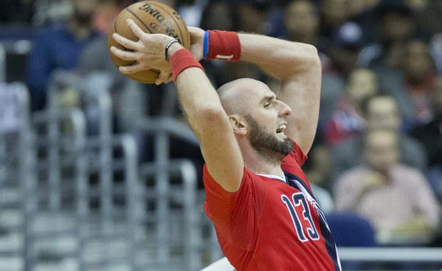Marcin Gortat zdobył 19 punktów i miał 13 zbiórek, a jego Washington Wizards w piątkowym meczu ligi NBA wygrali u siebie z Brooklyn Nets 118:95. W drugiej połowie polski środkowy raz po raz efektownie pakował piłkę do kosza. To było 16. zwycięstwo Wizards w sezonie.
