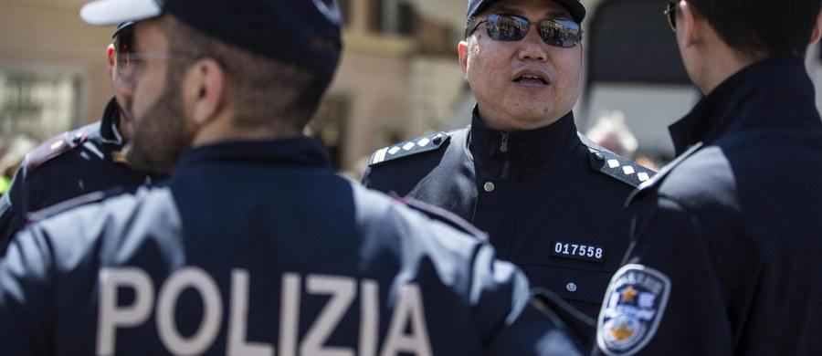 Włoska Gwardia Finansowa skonfiskowała w rejonie miasta Viterbo niedaleko Rzymu rekordową liczbę ponad 6,3 mln sztuk chińskich petard i innych materiałów pirotechnicznych, sprzedawanych bez atestu i certyfikatów bezpieczeństwa. O sprawie informuje agencja Ansa.