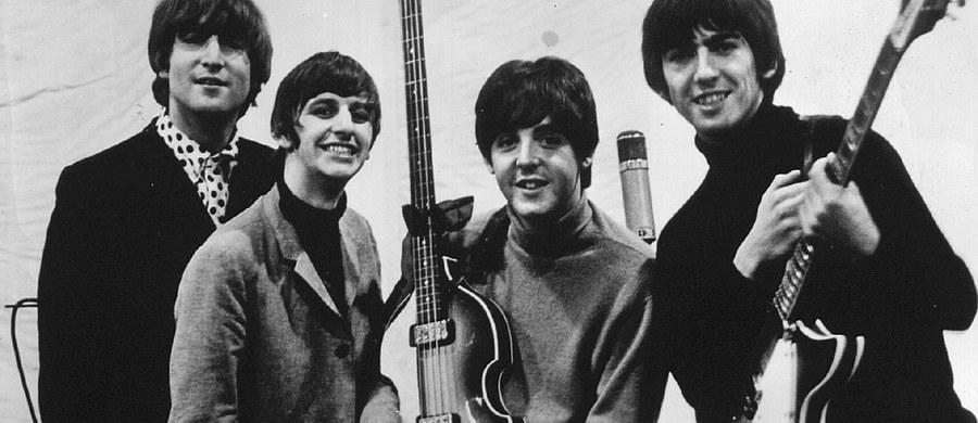 W wieku 86 lat zmarł w Liverpoolu na północnym zachodzie Anglii Allan Williams, odkrywca i pierwszy menadżer legendarnego zespołu The Beatles. Informację podali w sobotę obecni właściciele klubu Jacaranda założonego przez Williamsa.
