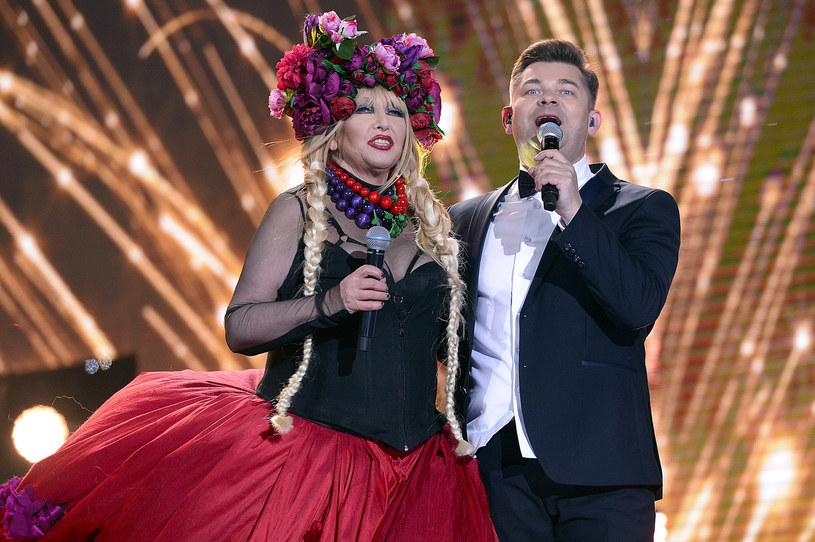 Po sukcesie podczas Sylwestra z Dwójką Zenek Martyniuk może przebierać w ofertach, nie tylko od organizatorów koncertów. Tym razem wokalista discopolowej grupy Akcent miał zgodzić się na występ w reklamie.